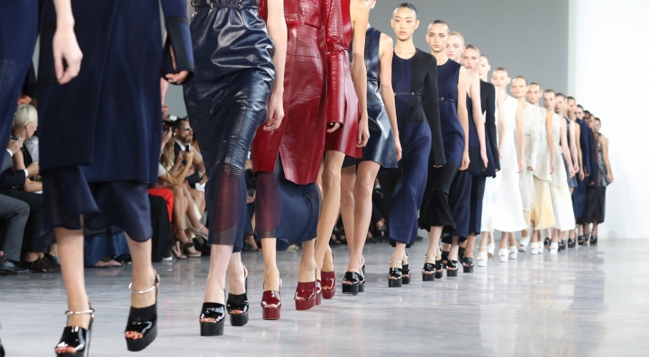 calvin-klein-fashion-show-spring-2015-the-impression-featured